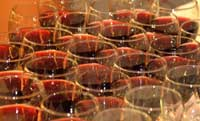 wineredglasses1.jpg