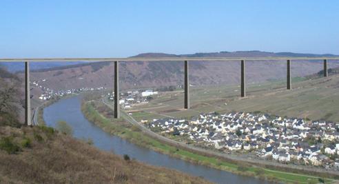 mosel-bridge.jpg