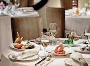 Ming_Court_Dining_table_lphkg_en.jpg